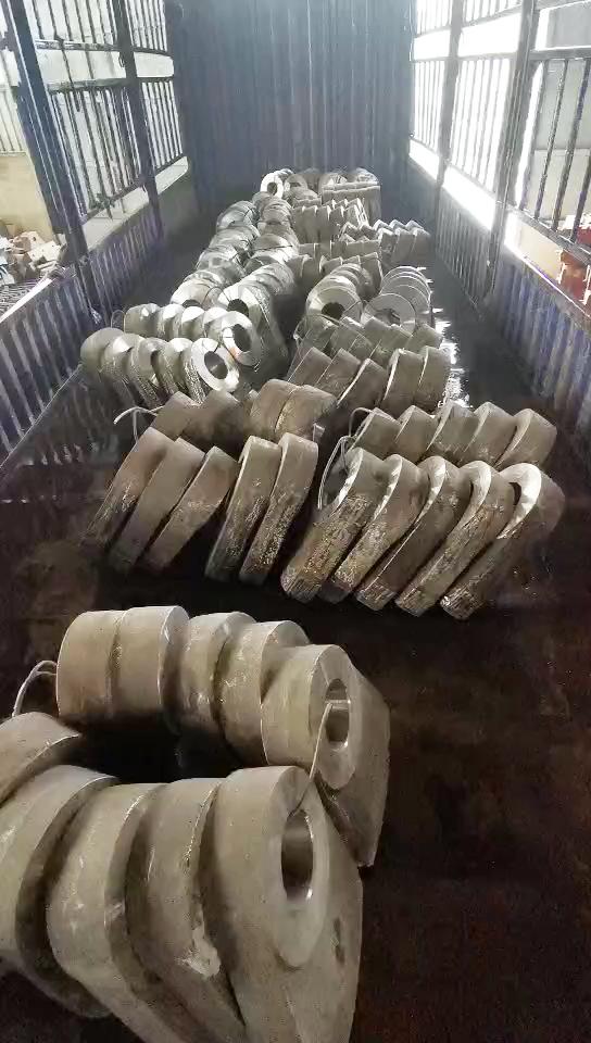 高锰钢堆焊锤头